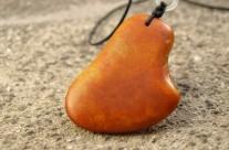 红皮原籽-天然玉斧